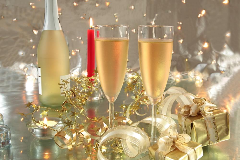 Открытки день рождения шампанского 14